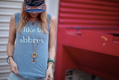 """I like to abbrev"" -Photo via majtees.com"