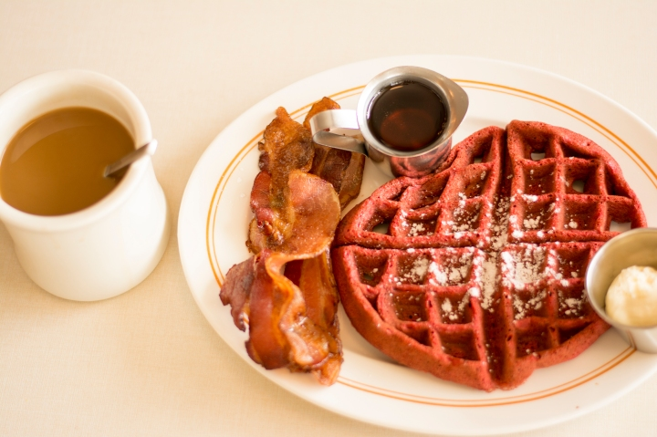 Red Velvet waffles, coffee and bacon from The Normal Diner in Tempe near ASU, Dash of Daisy Blog