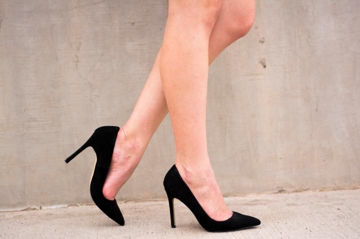 16 heels with leg