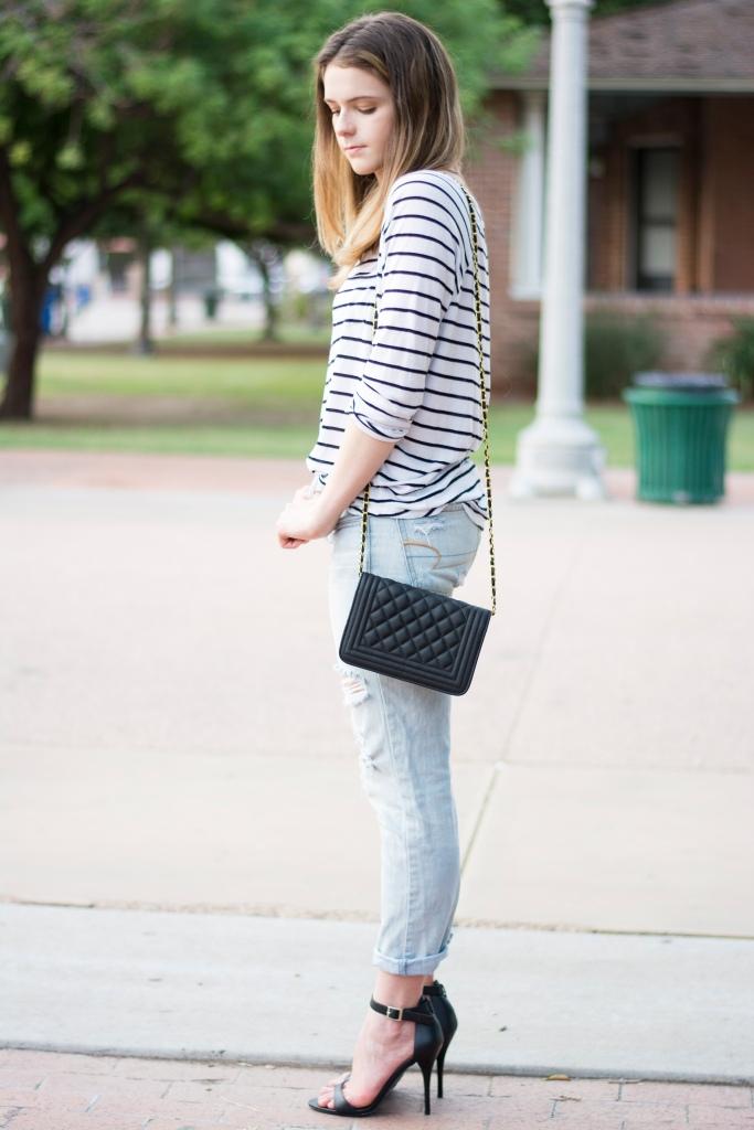 Taylor_Seely_Dash_of_Daisy_Blogger_Boyfriend_Jeans