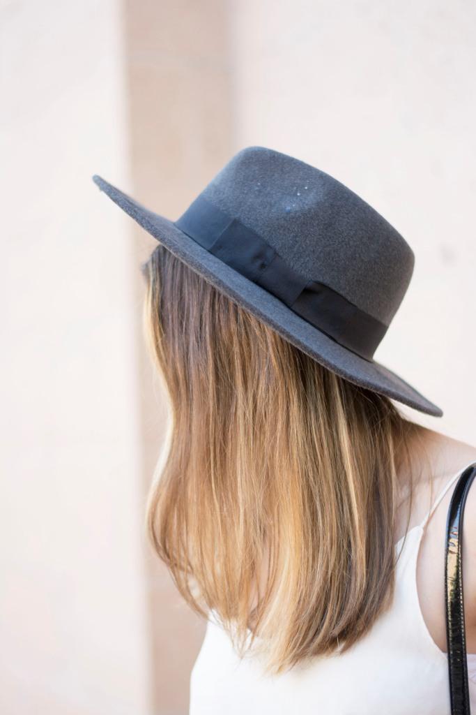 side hat details