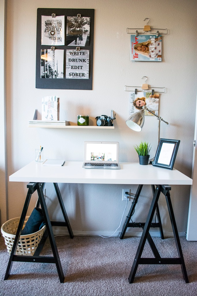 taylor-seely-dash-of-daisy-apartment-desk-decor4