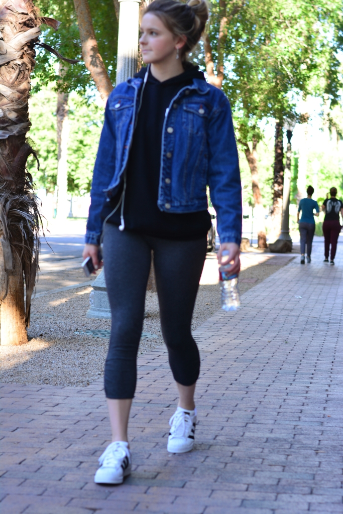 Taylor-Seely-Dash-of-Daisy-Blogger-Gym-to-Street-Style-College-Times3
