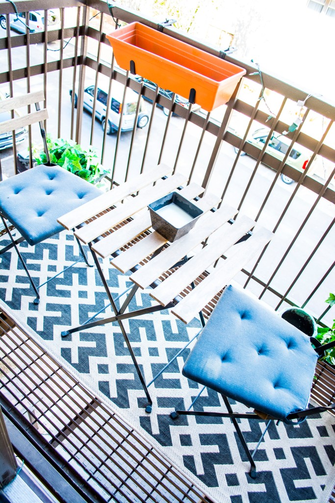 City Apartment Balcony_Metal Railing Balcony_Ikea Bistro Table Set_Dash Daisy Blog_Taylor Seely