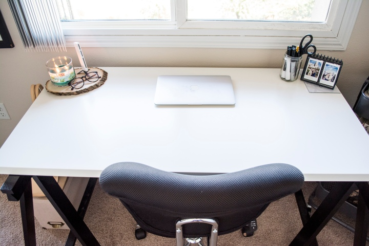 Ikea Black White Desk_Apartment Office_Dash Daisy Blog_Taylor_Seely